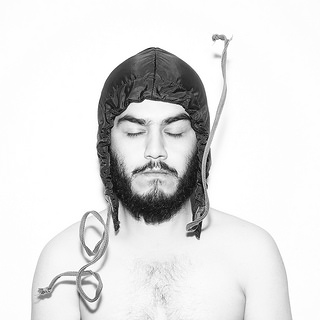 Auto Retrato // Self Portrait